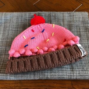 Neff brand pink cupcake beanie 🧁